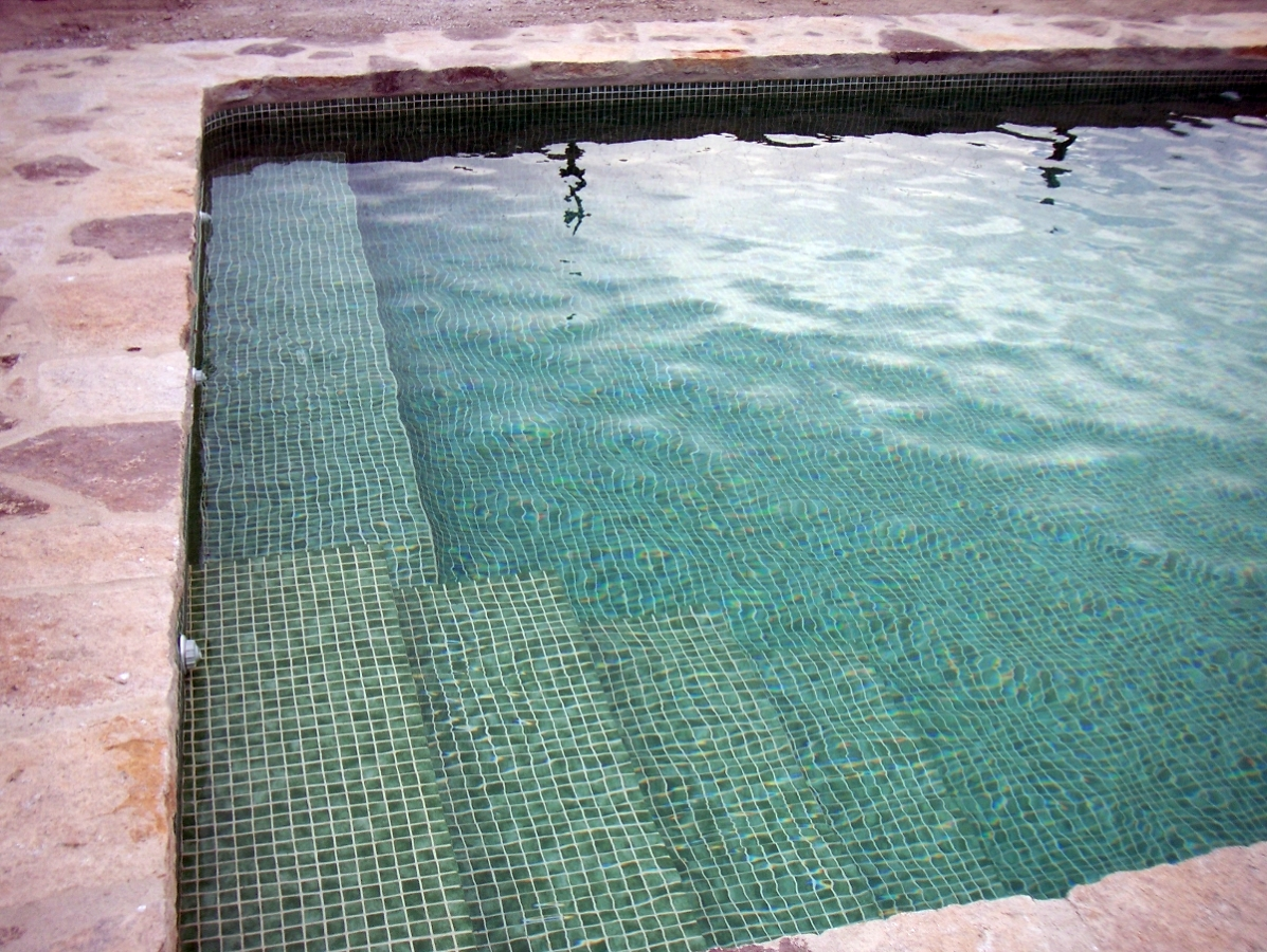 Foto gresite verde de piscinas thermapool s l 363339 - Gresite piscinas colores ...