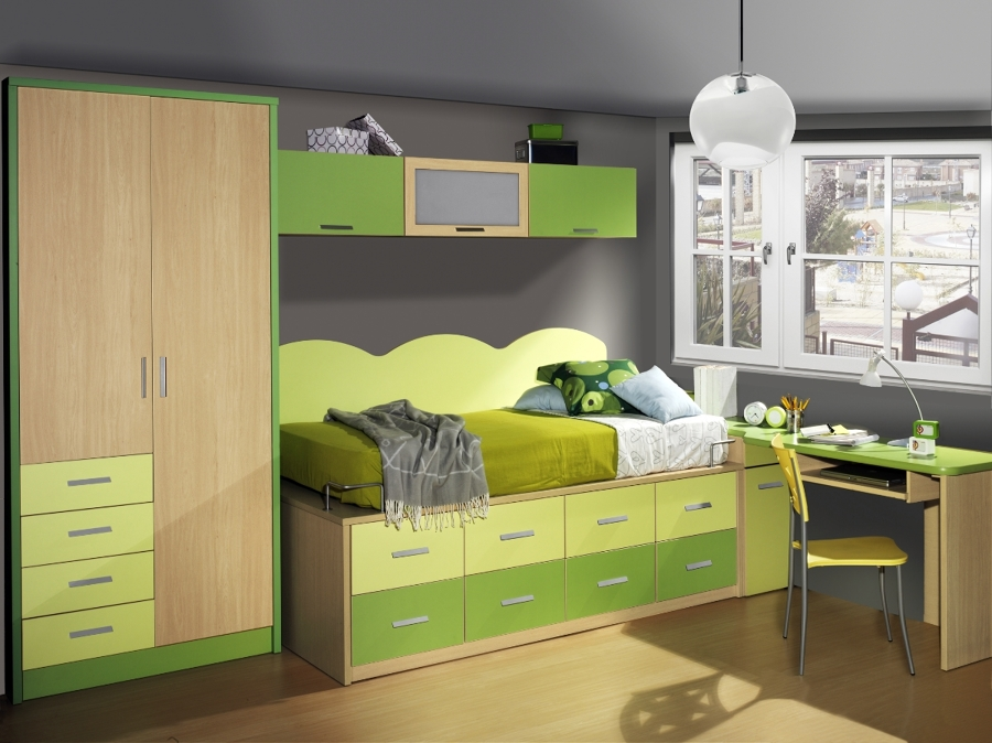 Foto habitaci n color haya pistacho y verde de sacoba de for Muebles casal valencia