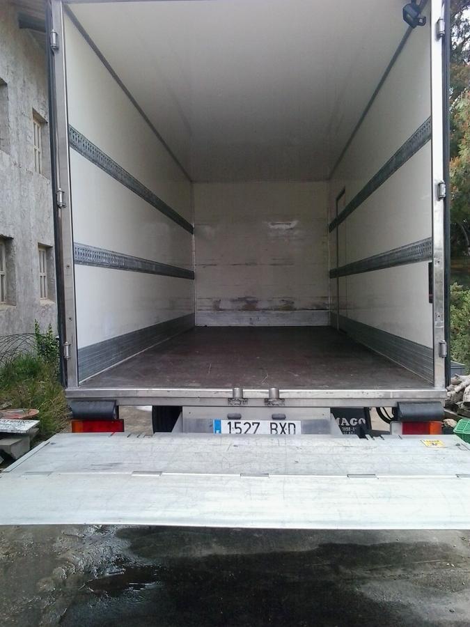 Camión de 28 metros cúbicos