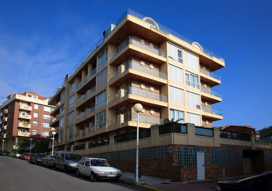 Edificio de viviendas en Castro-Urdiales