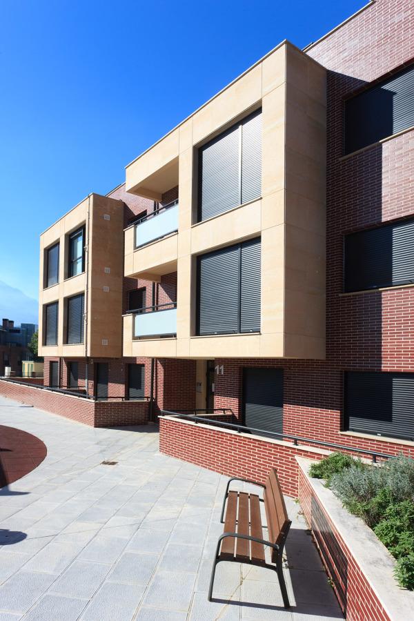 Urbanización en Ramales de la Victoria
