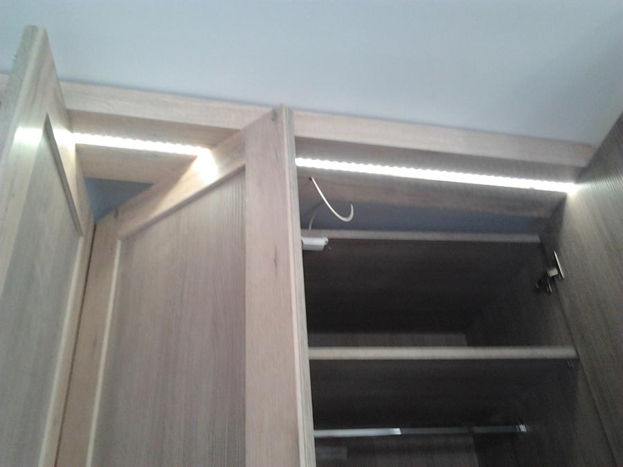 Iluminacion interior armarios joan miro - Iluminacion interior armarios ...