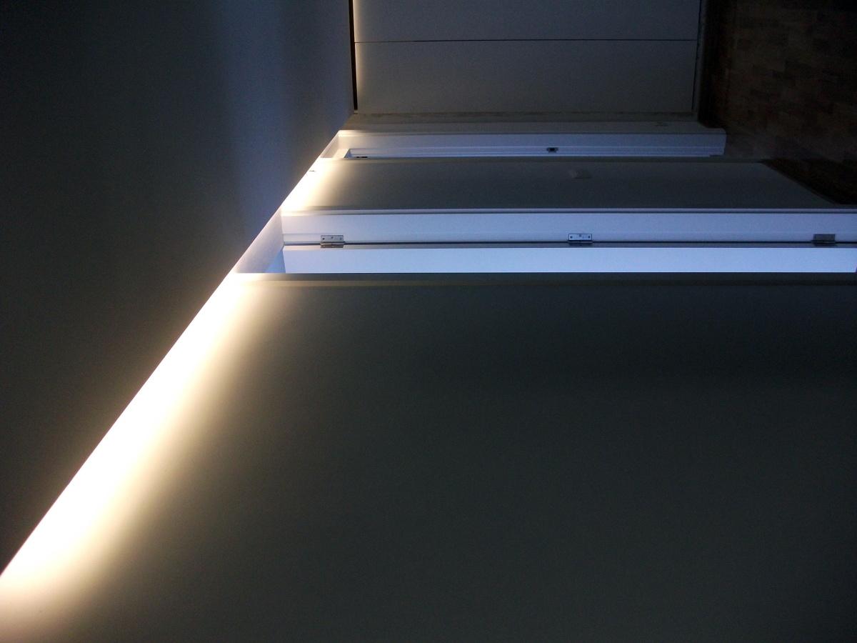 iluminación indirecta con tiras de LED