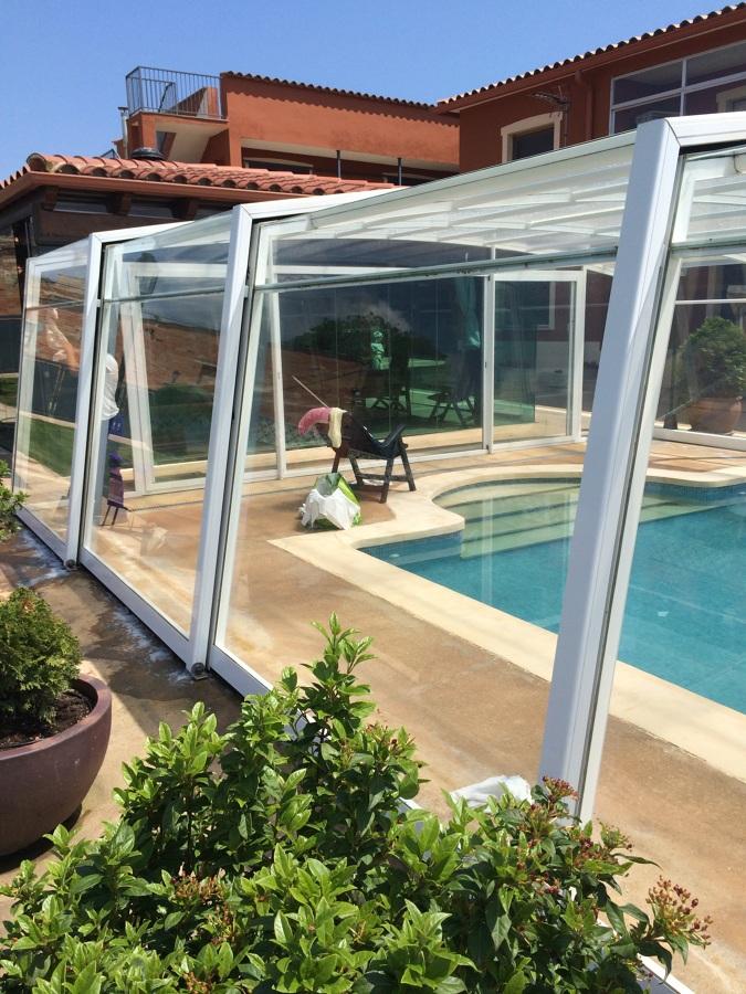 Foto limpieza cristales piscina de neteges blanquers - Cristales para piscinas ...