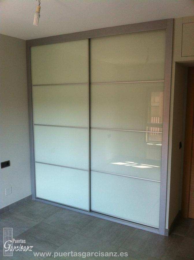 Foto frente de armario cristal lacado blanco y perfilar a - Armarios de cristal ...