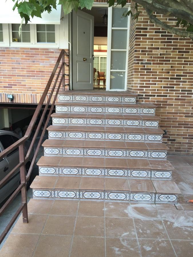 Escalera exterior hecha a medida