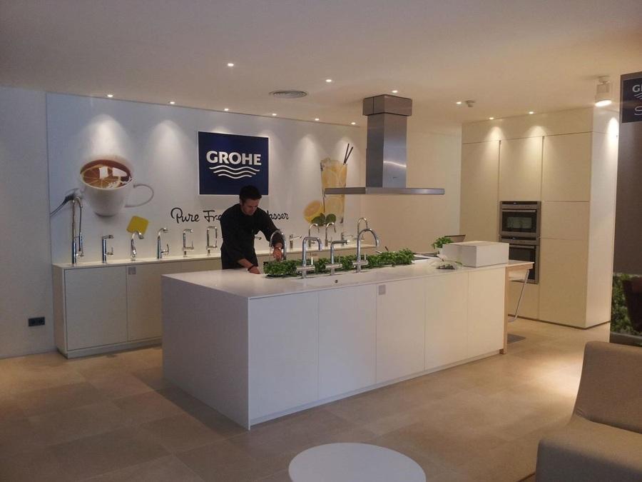 Foto mobiliario de cocina de camilo rodriguez villanueva for Showroom grohe barcelona