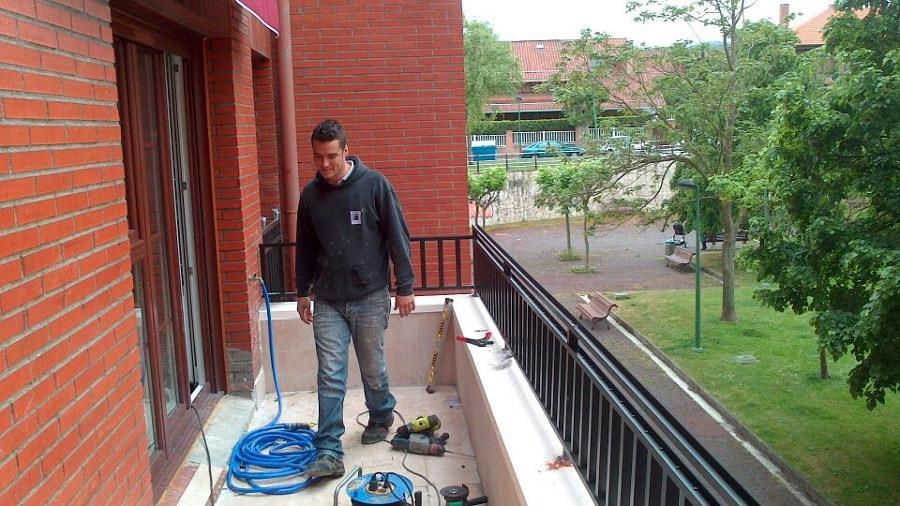 Foto barandilla en terraza de reformas arene 822881 - Barandilla terraza ...