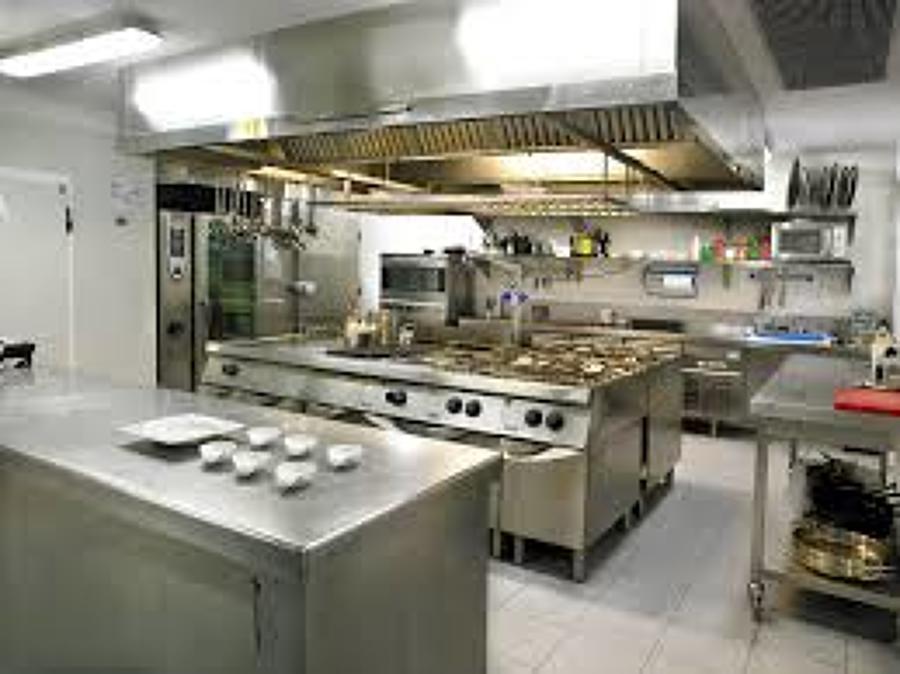 Foto limpieza cocinas industriales de qr grupo fergo for Ver cocinas industriales