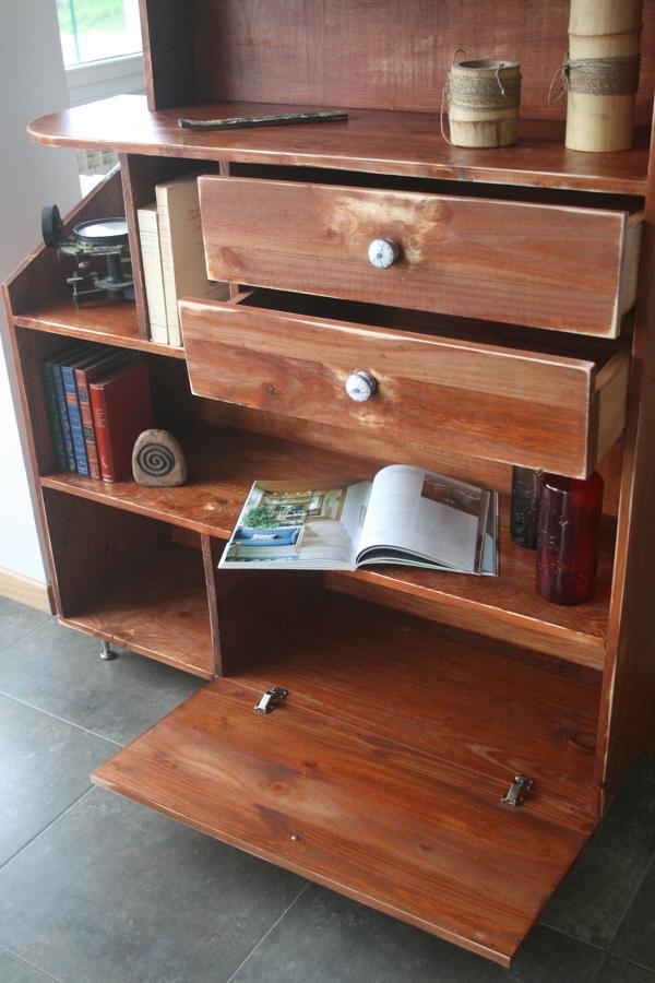 Construcción a medida de mueble auxiliar