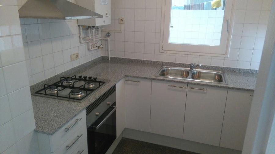 muebles  cocina encimera marmol campana extractora horno cocina