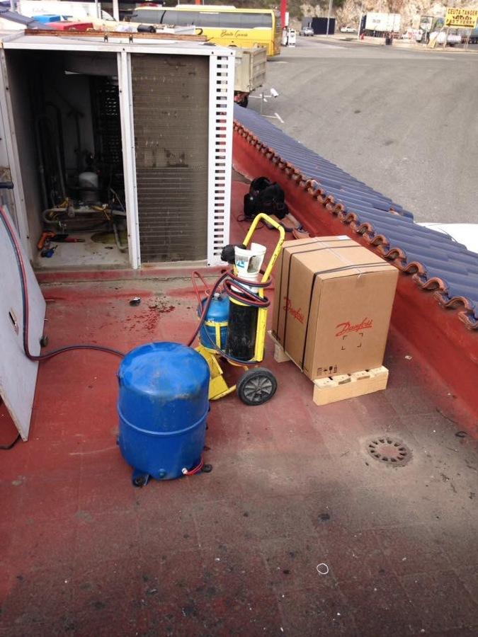 Reparación Rooftop gasolinera