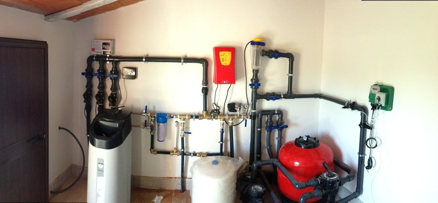 Foto instalacion de descalcificador depuradora y for Precio instalacion descalcificador
