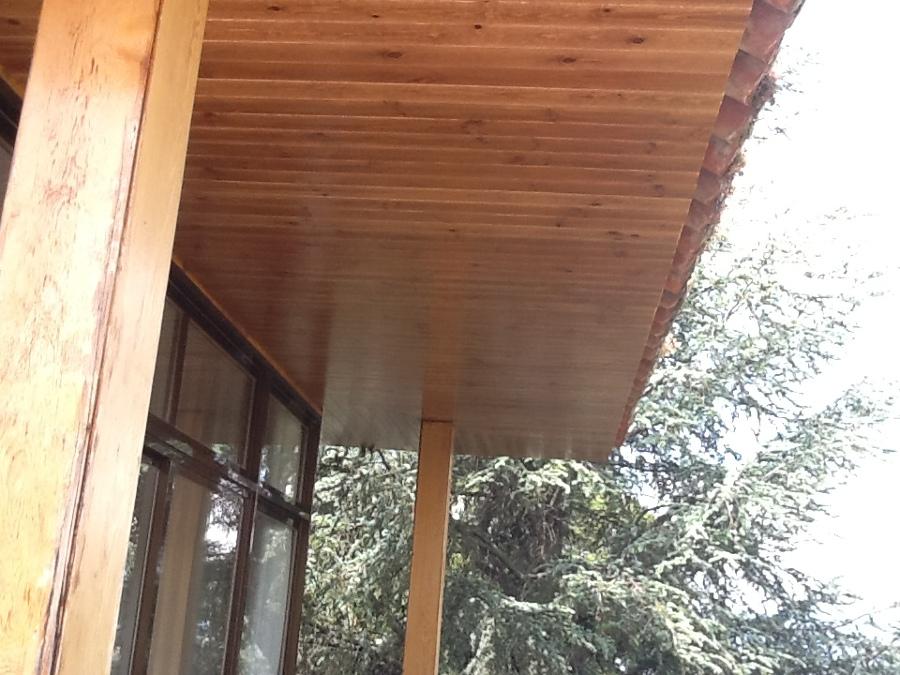 terminación de alero con madera