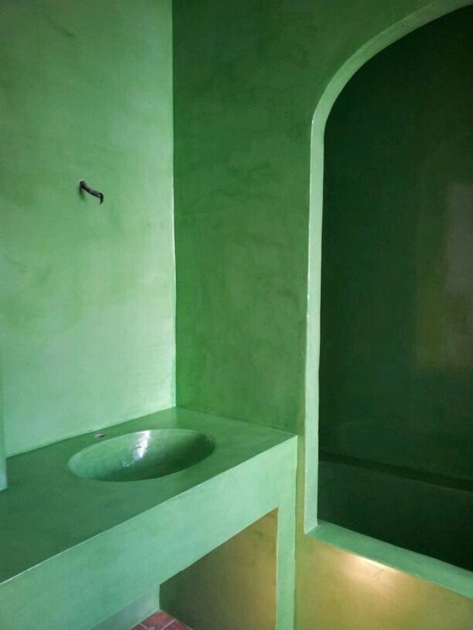 Foto ba o lavabo y ba era en microcemento de arte - Lavabo microcemento ...
