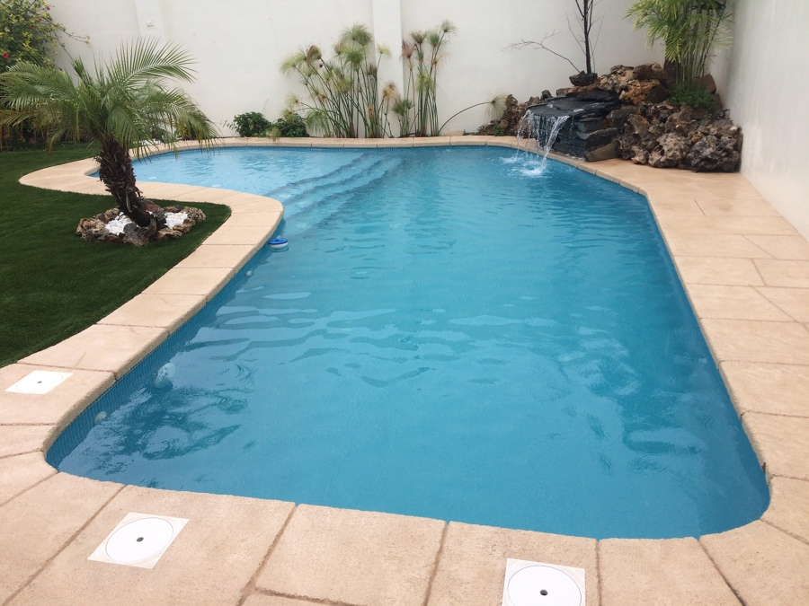 piscina rústica en Alzira