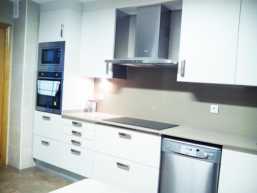 Foto dise o cocinas de dome cocina y ba o integral for App diseno cocinas