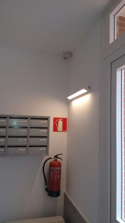 Foto luminaria led de tuluz electricidad e iluminacion - Electricistas en bilbao ...