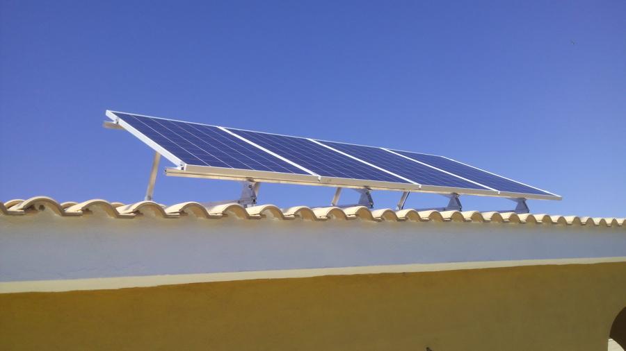 Foto energia solar fotovoltaica de aeroman energia - Energia solar tenerife ...