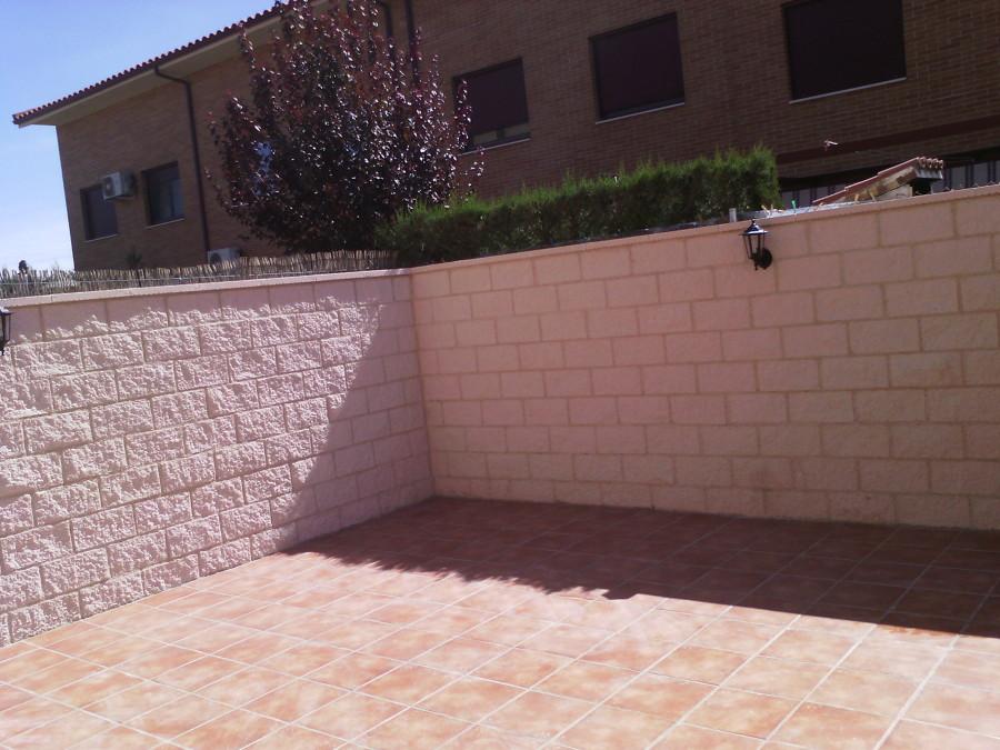 muro bloques cara split blancos