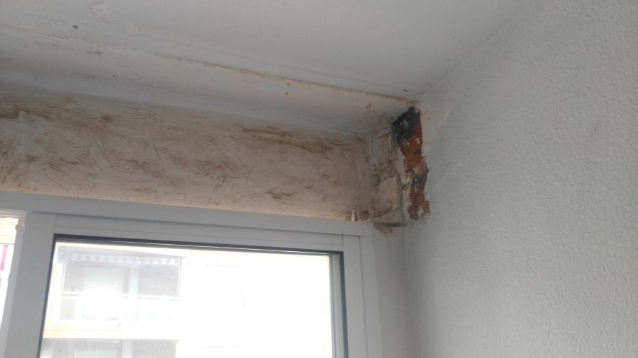 Foto quitar persianas antiguas de instala 2 1010205 - Como cambiar una persiana ...