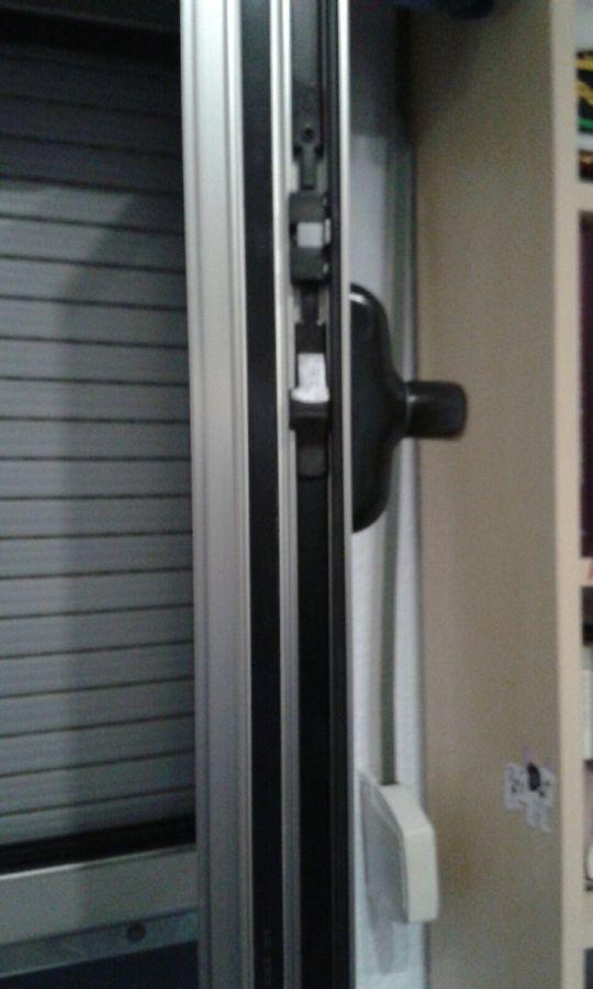 Foto instalacion de ventanas de aluminio rotura puente for Instalacion de ventanas de aluminio