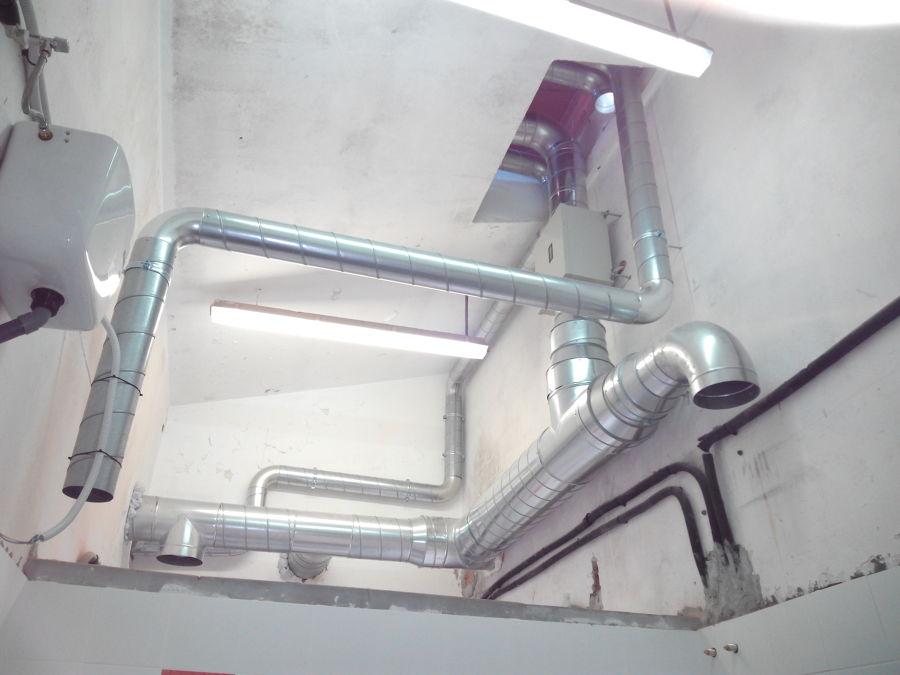 Conductos de ventilacion vestuarios