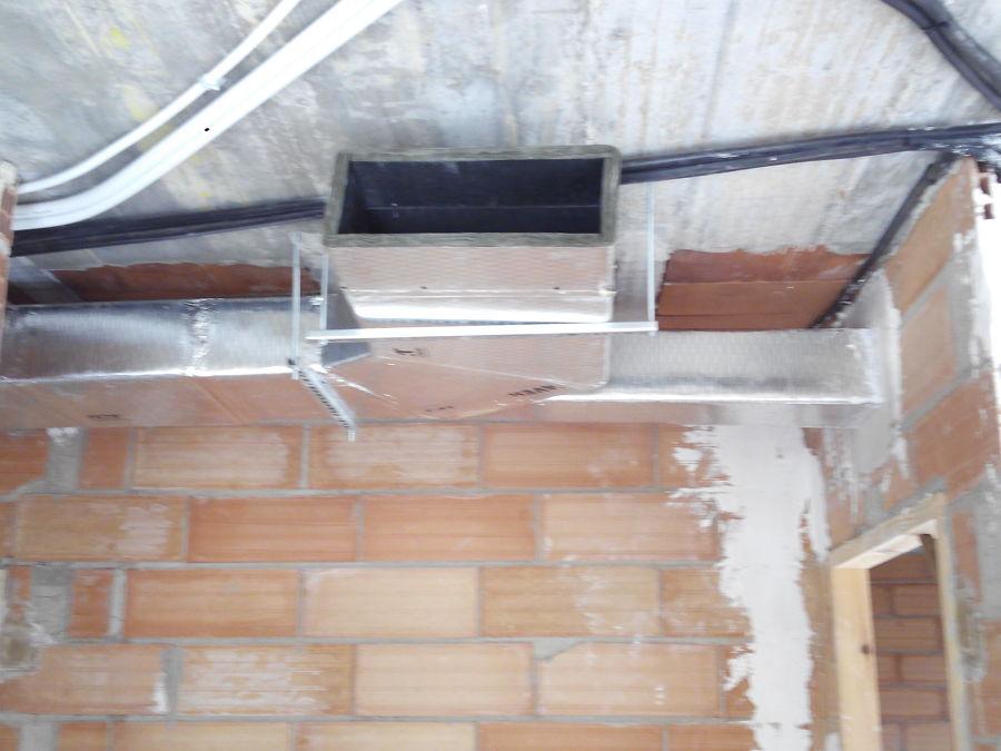 Instalacion conductos aire acondicionado vivienda
