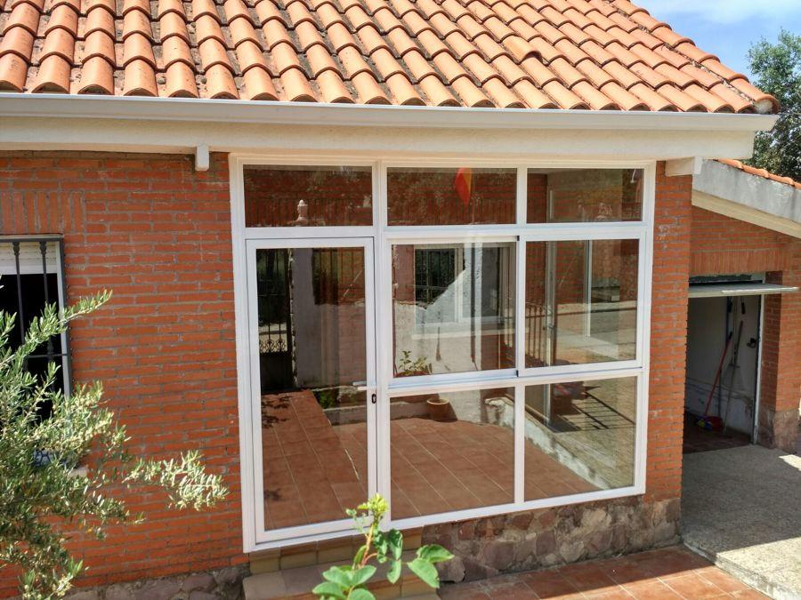 Foto cerramiento porche de quinsol aluminio pvc - Cerramientos de aluminio para porches ...