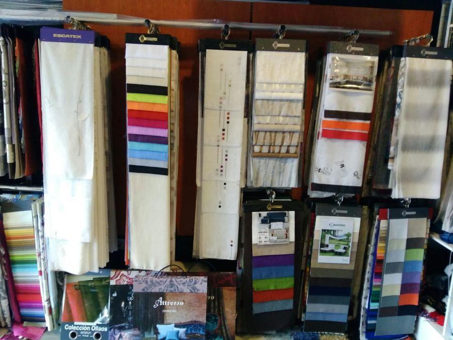 Foto muestrario de telas de tapicer a c rdenas 1289641 habitissimo - Tapiceros tarragona ...