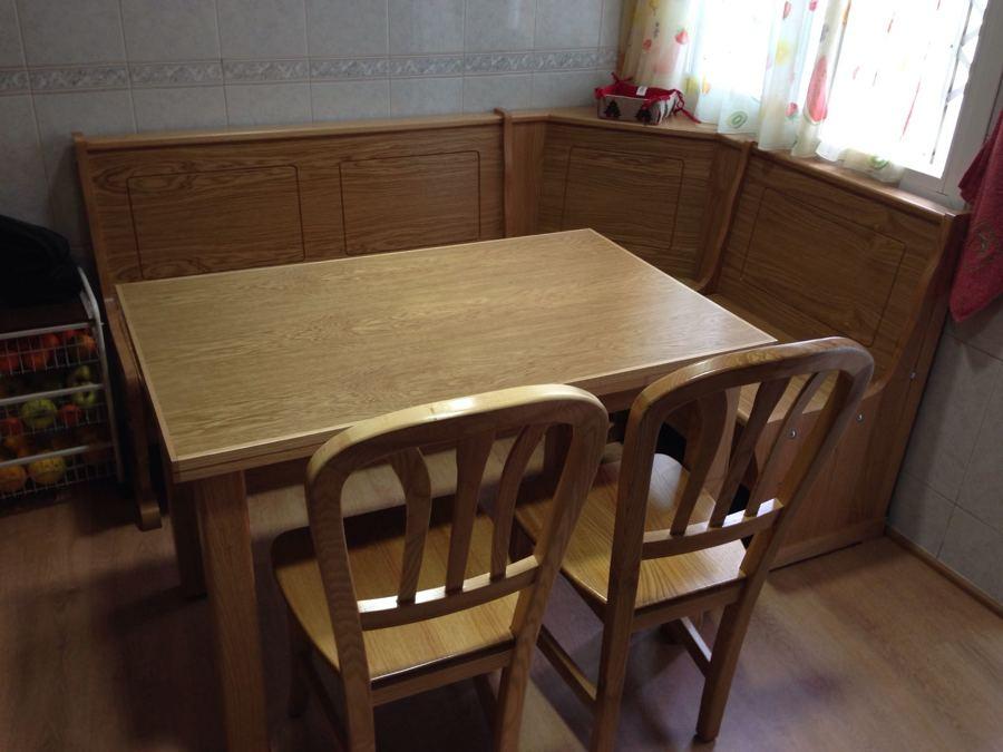 Foto banco cocina roble pantografiado de loramu 1487404 for Medidas banco cocina