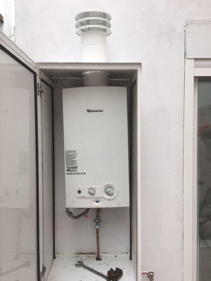 Foto instalacion de gas butano para calentador de jos - Instalacion calentador gas natural ...