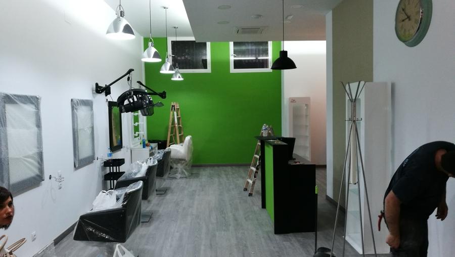 Reforma integral centro peluquería y estética