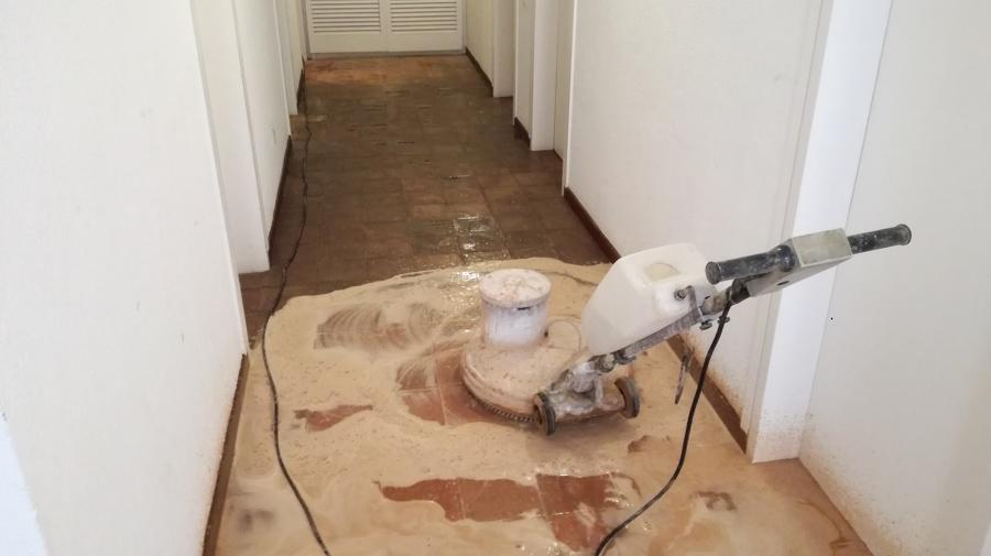 Tratamientos de terracota o suelos de barro cocido
