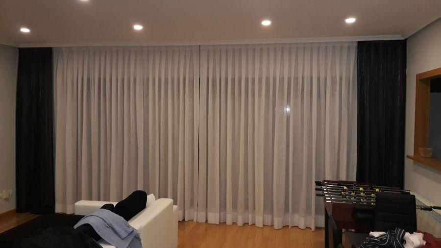 Visillos de textil confeccionado