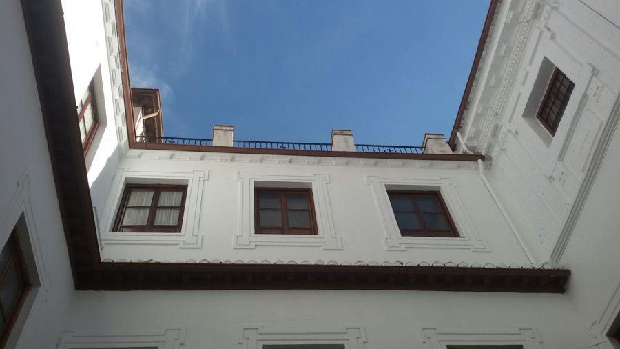 RESTAURACION DE PATIO DE PALACETE CONCLUIDA