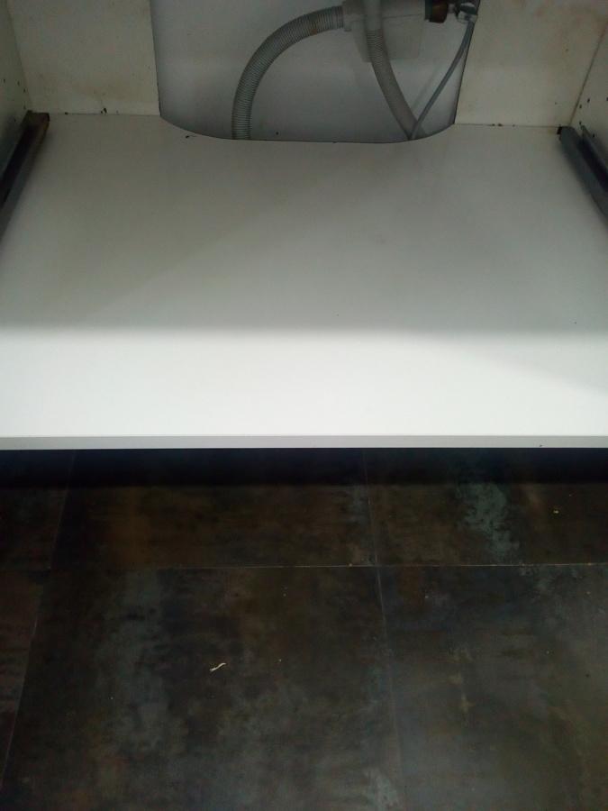 Mueble de cocina limpio