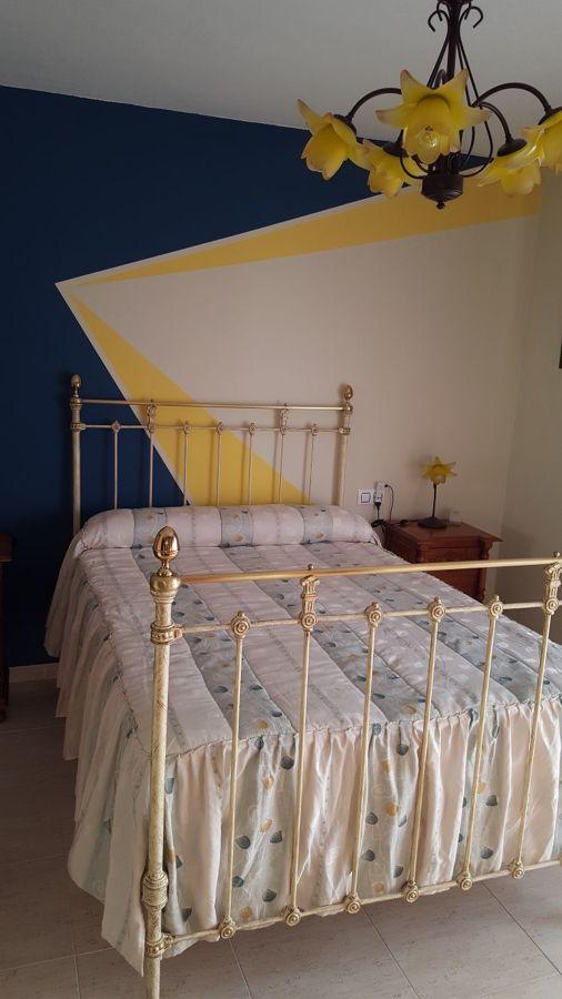 Decoración retro y restauración de cama clasica
