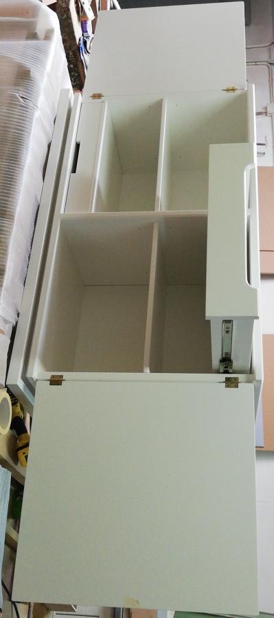 Mueble lacado estilo Tommi Parzinger
