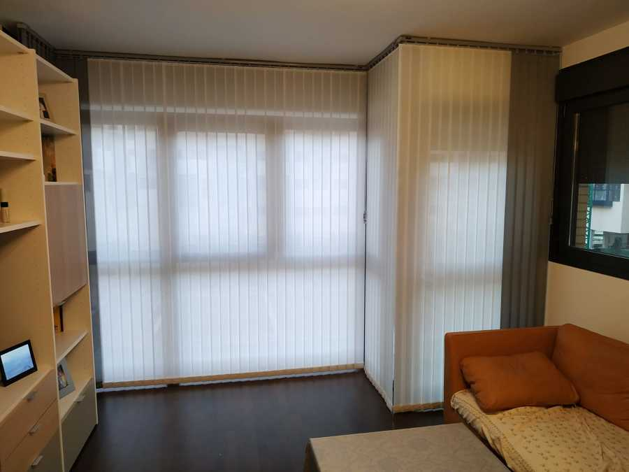 Cortinas Verticales de Screen