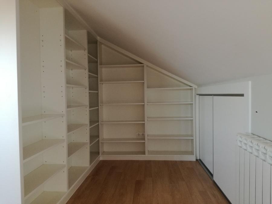 Estanteria-libreria y armario empotrado