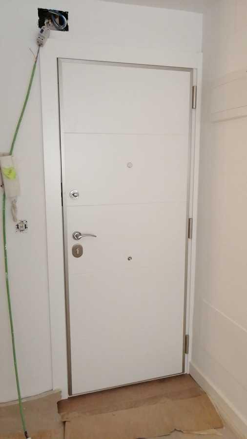 Puerta acorazada en grado 4