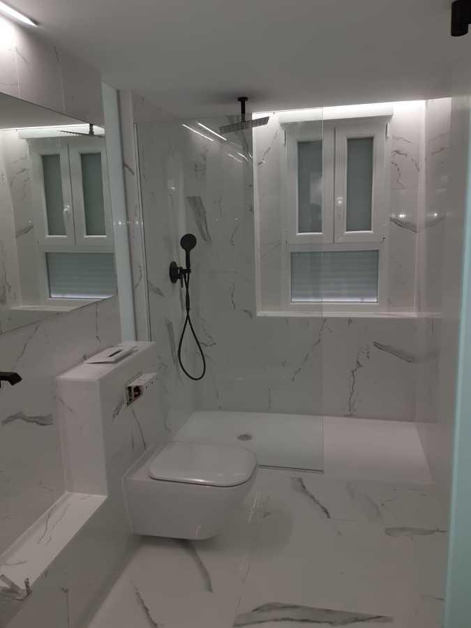 WC Blanco Saloni