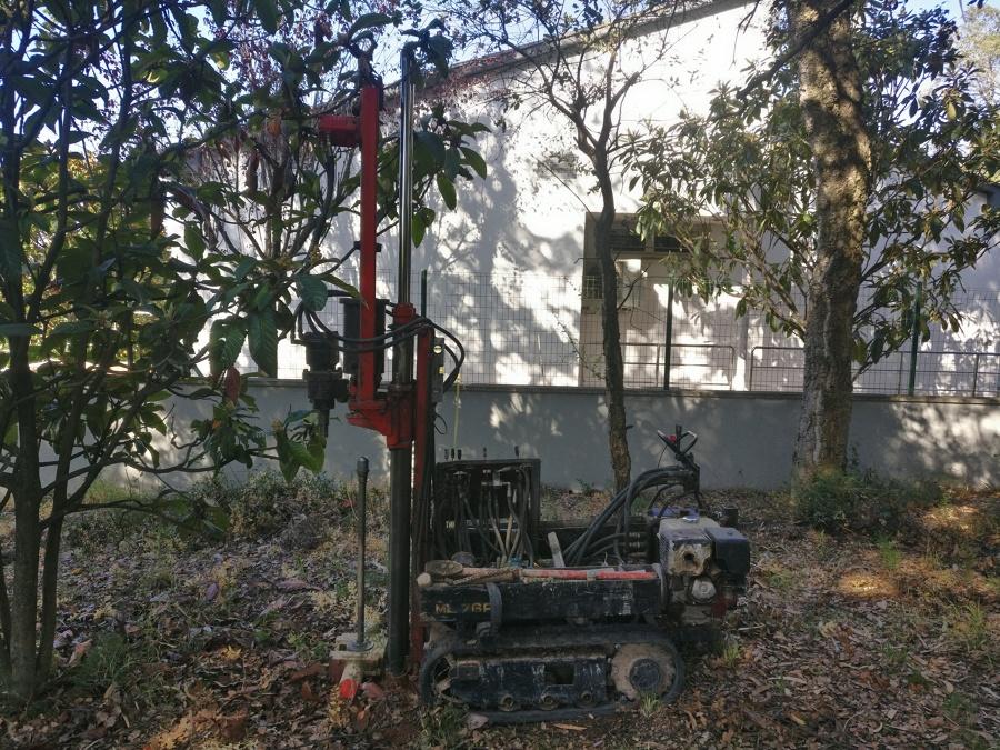 Máquina de geotecnia