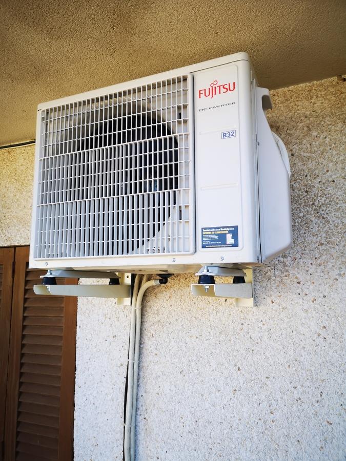 Instalación máquina FUJITSU R32