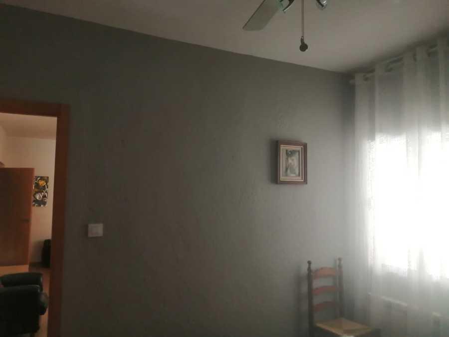 Pintado a color gris