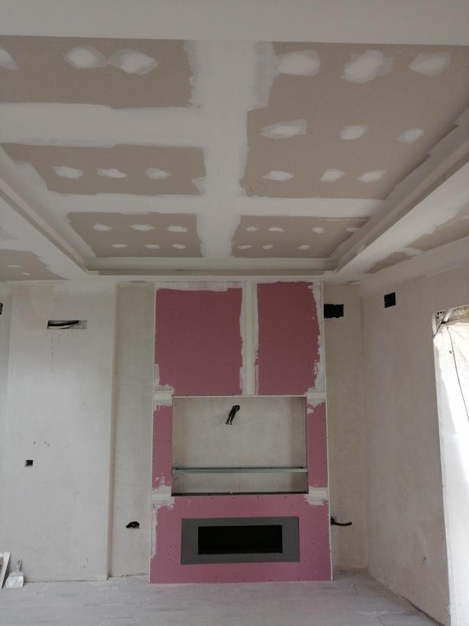 Revestir chimenea y techo pladur a doble altura