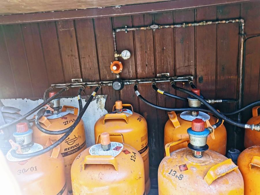 Bateria de propano para uno de nuestros chiringuitos