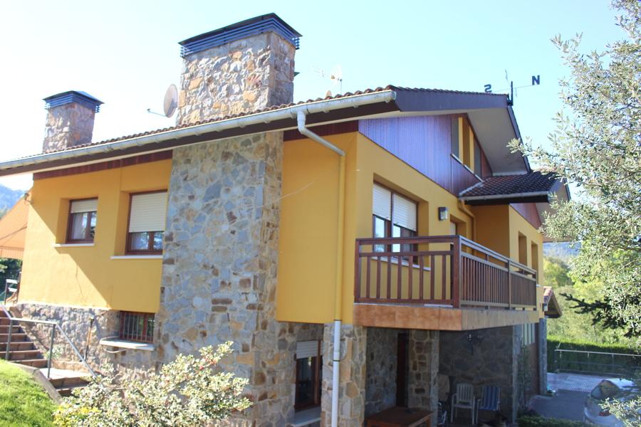 foto fachada chalet de landeko 1345497 habitissimo
