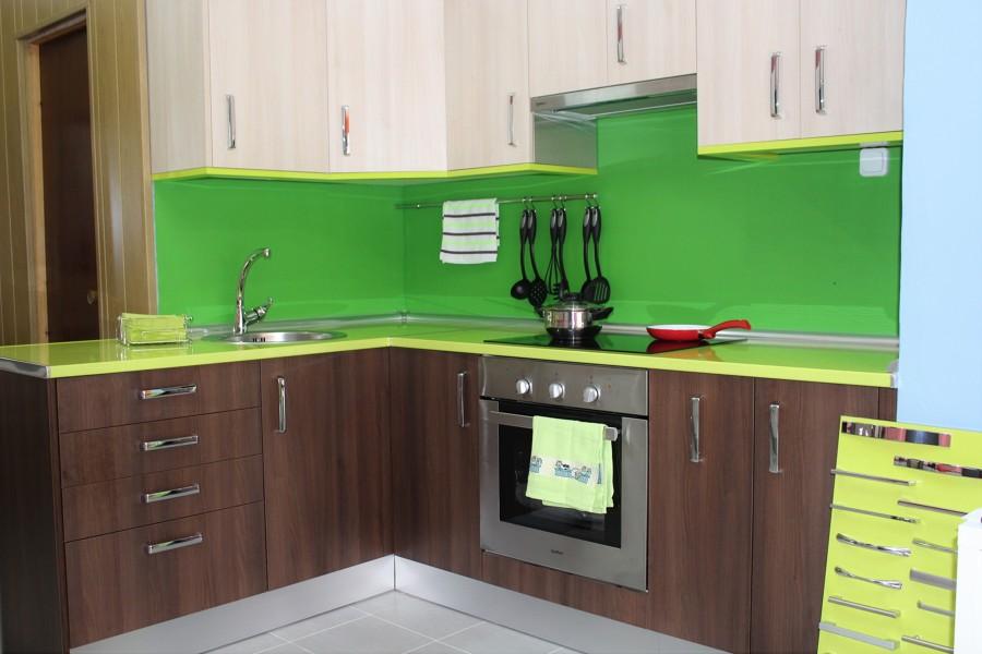 Foto cocina de muebles de cocina erika 1143656 habitissimo for Muebles de cocina huesca